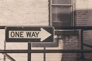 one-way-street-362172_640